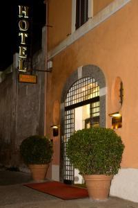 Hotel Domus Aventina - San Paolo