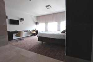 Golden Tulip Hotel West-Ende, Hotels  Helmond - big - 38