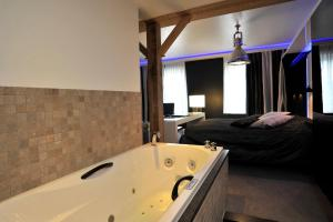 Golden Tulip Hotel West-Ende, Hotels  Helmond - big - 93