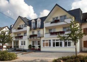 Hotel Zur Post Meerfeld - Karl