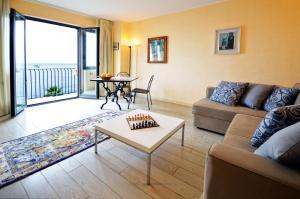 Mar dei Poeti - Luxury Suites - AbcAlberghi.com
