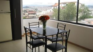 Vacacional Quito, Apartmány  Quito - big - 8
