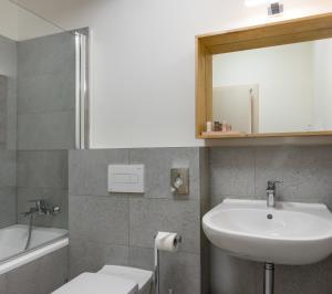 7 Tales Suites, Residence  Praga - big - 19