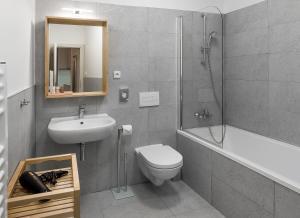 7 Tales Suites, Residence  Praga - big - 9