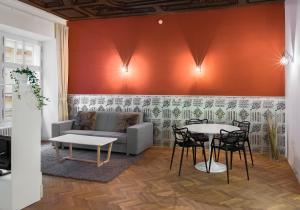7 Tales Suites, Residence  Praga - big - 34