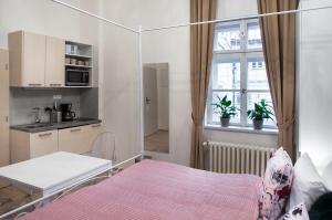 7 Tales Suites, Residence  Praga - big - 4