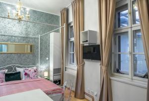 7 Tales Suites, Residence  Praga - big - 3