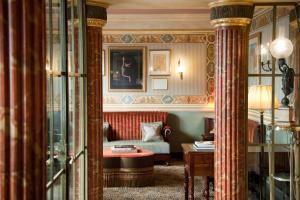 L'Hotel (3 of 36)