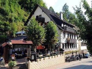 Hotel Schützen - Bad Peterstal