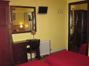 Faria Guimares Porto Centro - Rooms & Cosy Apartments, Affittacamere  Oporto - big - 40