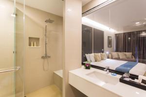 Aonang Cliff Beach Suites & Villas, Отели  Ао-Нанг-Бич - big - 31