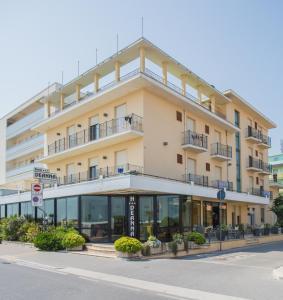 Hotel Deanna - AbcAlberghi.com