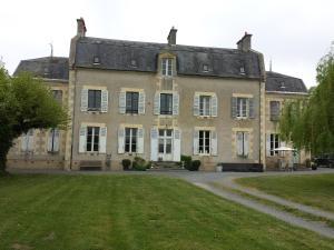 Location gîte, chambres d'hotes Château Oliveau dans le département Nièvre 58