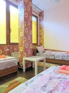 Like Home Guest Rooms - Wolujak