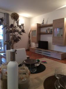 Appartamento Baia Ostina - AbcAlberghi.com