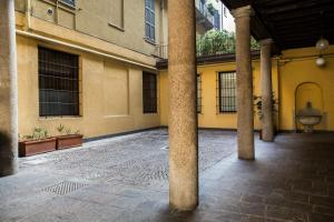Vittoria Halldis Apartments, Apartments  Milan - big - 68