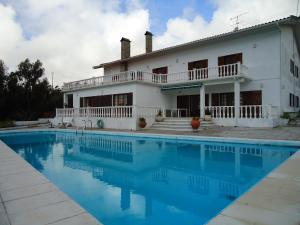 Large Villa with pool and panoramic view Figueira da Foz