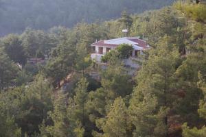 Moniatis Country House