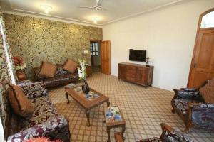 Harwan Resort, Курортные отели  Сринагар - big - 11