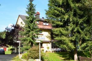 Haus Waldeck - Hotel - Warmensteinach
