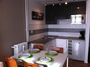 Appartement St.Cyprien, Ferienwohnungen  Toulouse - big - 5