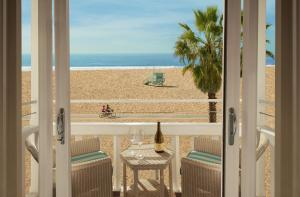 Shutters on the Beach (4 of 27)