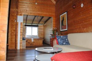 wooden Edge Of The Village, Lodges  Ma'ale Gamla - big - 7