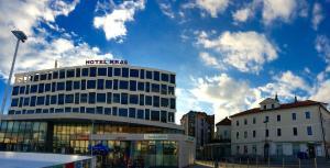Hotel Kras, Hotely  Postojna - big - 23