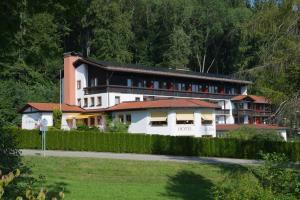 Hotel St. Ulrich Garni - Kronburg