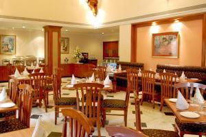 Comfort Inn Sunset, Hotels  Ahmedabad - big - 21