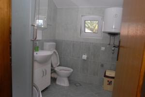 Apartments Dosljak, Apartmány  Tivat - big - 38