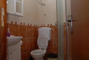 Apartments Dosljak, Apartmány  Tivat - big - 32