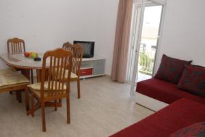 Apartments Dosljak, Apartmány  Tivat - big - 29