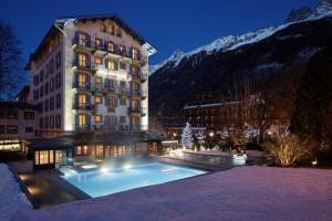 Location gîte, chambres d'hotes Hôtel Mont-Blanc Chamonix dans le département Haute Savoie 74