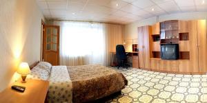 Apartment 4-y Mikrorayon, Апартаменты  Тихвин - big - 1