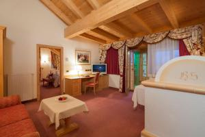 Hotel Sassongher (29 of 70)