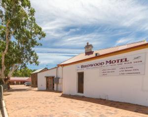 Birdwood Motel