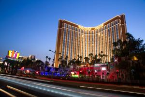 Treasure Island TI Hotel Casino and Resort (1 of 25)
