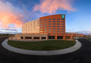 Embassy Suites Loveland Hotel, Spa&Conference Center - Loveland Ski Area