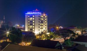 Yeak Loam Hotel, Szállodák  Banlung - big - 29