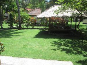 Yuli's Homestay, Проживание в семье  Кута, остров Ломбок - big - 5