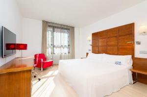 Hotel Zentral Ave - Zaragoza