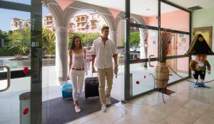 Hotel Las Olas (9 of 48)
