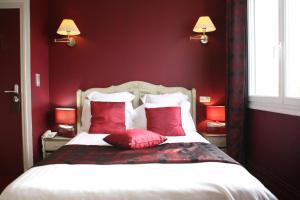 Location gîte, chambres d'hotes Hotel La Villa Julia dans le département Manche 50