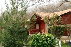 Hostels e Albergues - Chalets Tetrapolis