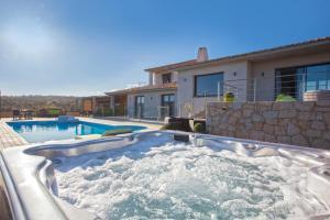 Location gîte, chambres d'hotes Chambres d'hôtes Casa di l'Oru dans le département Corse du Sud 2a