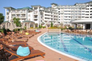 Emerald Beach Resort & SPA CTS, Appartamenti  Ravda - big - 107