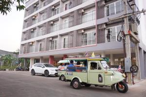 Auberges de jeunesse - Chompu Nakarin Apartment