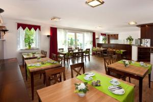 Wein-Träume, Hotels  Thüngersheim - big - 21