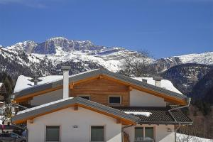 Dolomiti di Brenta House - AbcAlberghi.com